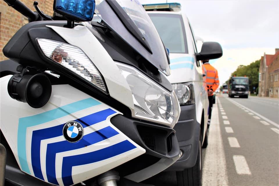 De politie Polder stelde de nodige processen-verbaal op.