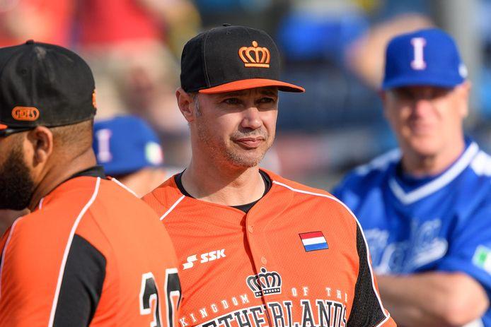 De Rotterdamse bondscoach Evert-Jan 't Hoen bouwt met succes aan een nieuw team.