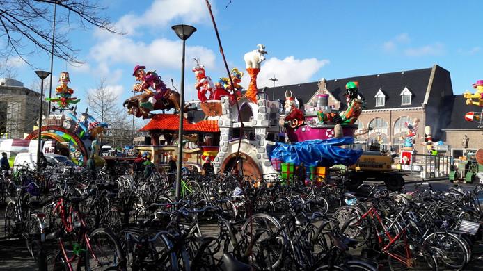 Verzamelen aan het station in Roosendaal.