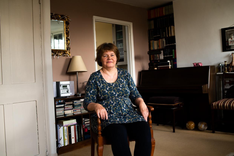 Carolyn Steel: 'We zitten met zijn allen op één planeet aan dezelfde tafel. Daardoor is voedsel het middel om alle juiste vragen te stellen.'  Beeld Sanne Glasbergen