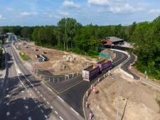 Werk aan weg tussen Epe en Heerde loopt door aangetroffen rotzooi weer een paar maanden uit