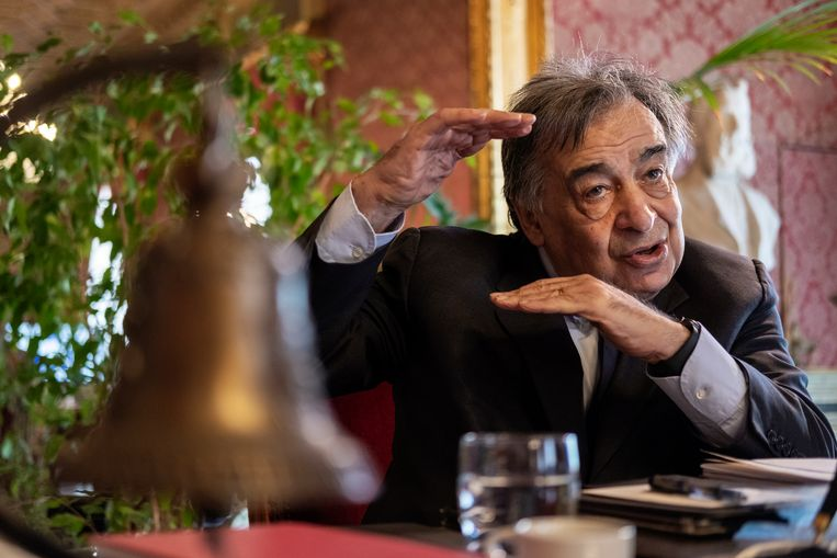Burgemeester Leoluca Orlando is een meester in citymarketing. Beeld Giulio Piscitelli