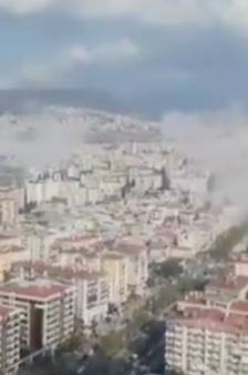 Un puissant séisme en mer Egée: un mini-tsunami à Samos et d'importants dégâts matériels