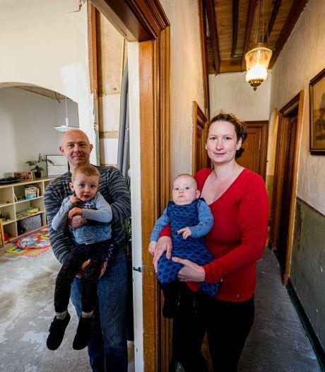 Heiny en Dasha wonen monumentaal in Berkelland: 'Het doet je wel wat als je je hele huis hoort kraken'