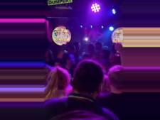 Burgemeester Roosendaal neemt maatregelen tegen feestcafé Bij Moeders na overtreden coronamaatregelen: 'Respectloos gedrag'