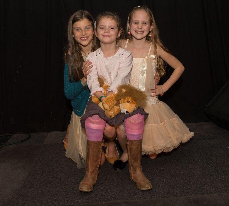 Juliette en Camille van 'The Voice Kids' met Audrey (midden).