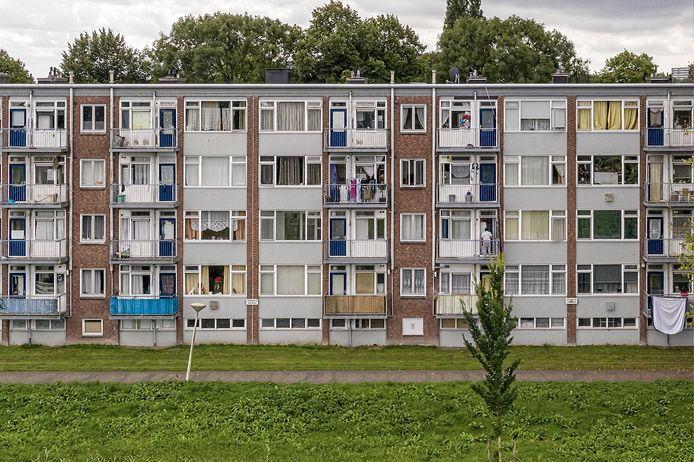 In de Woonwijken Zichten, Gaarden en Dreven zullen woningen worden gesaneerd. In de Woonwijken Zichten,