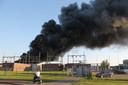 In een bedrijfspand aan de Vierlinghweg in  Bergen op Zoom is maandag  7 mei een zeer grote brand uitgebroken.