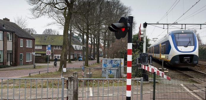 De woningen aan de Pieter Bruegellaan en de Molenvenseweg in Vught zijn volgens staatssecretaris Stientje van Veldhoven een 'unieke situatie' die verder nergens langs het tracé Meteren-Boxtel voorkomt.