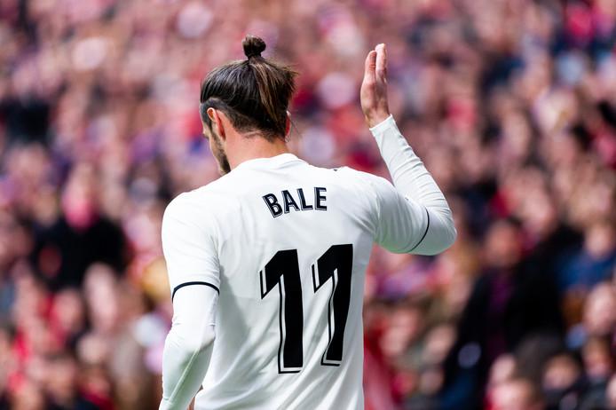 Gareth Bale juicht na zijn goal tegen Atletico