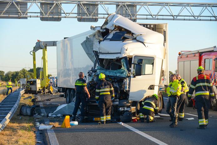 Het aantal vrachtauto-ongevallen is vorig jaar met 40 procent gestegen.
