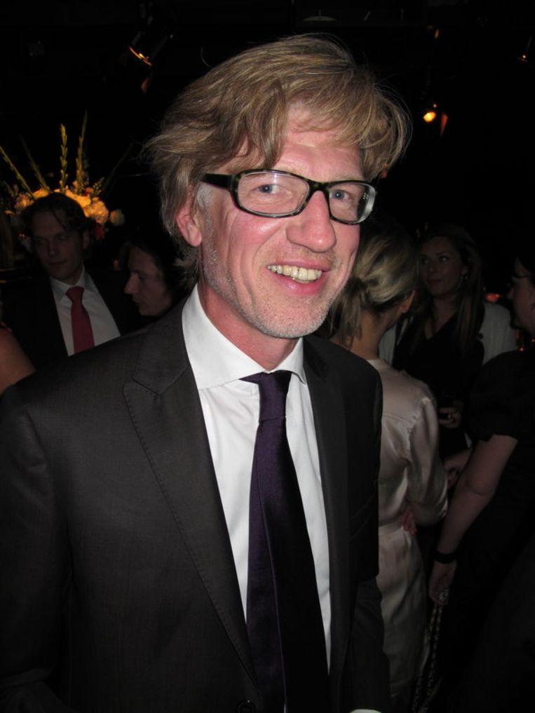 Sander Knol, directeur van Meulenhoff uitgeverij, filosofeert over sterren en zelfmoord.  <br /> Beeld