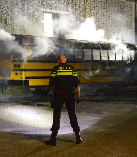 Horecabaas Patrick van Asch treurt om zijn uitgebrande schoolbus: 'Zou vandaag nog een nieuwe kopen'