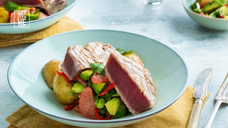 Wat Eten We Vandaag: Geschroeide tonijn met grapefruitsalsa