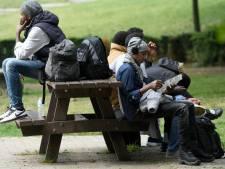 """""""Il faut une solution durable pour les 150.000 personnes sans-papiers en Belgique"""""""