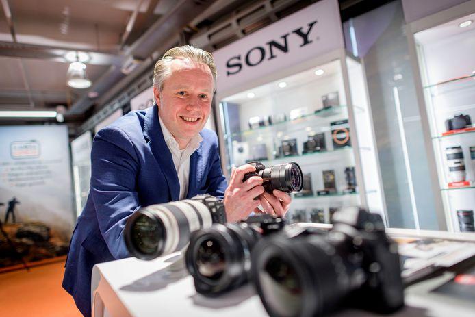 """Harold Konijnenberg werkt als enige van de familie bij internetgigant Kamera Express.  """"Voor ons bedrijf was dit een unieke kans  om vervolgstappen op de Europese markt te zetten."""""""