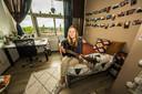 Mariska Veringmeier in haar kamer in de studentenflat.