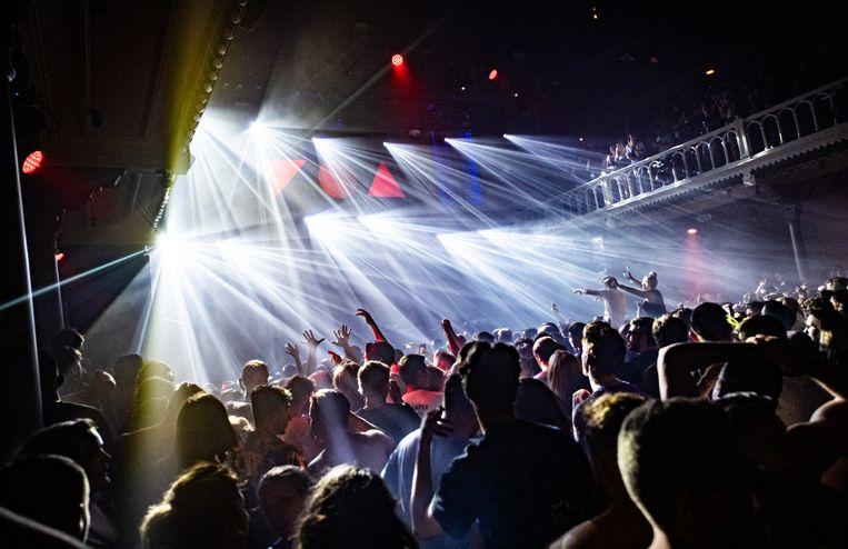 Beeld ter illustratie: een feest in club Paradiso in de Nederlandse hoofdstad Amsterdam op 1 juli. Beeld Joel Hoylaerts / Photo News