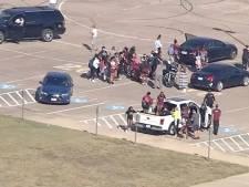 Fusillade dans un lycée au Texas: plusieurs blessés, le tireur s'est rendu