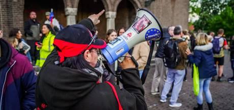 Protest tegen coronamaatregelen in Stratum; 'Eindelijk mensen om me heen die me begrijpen'
