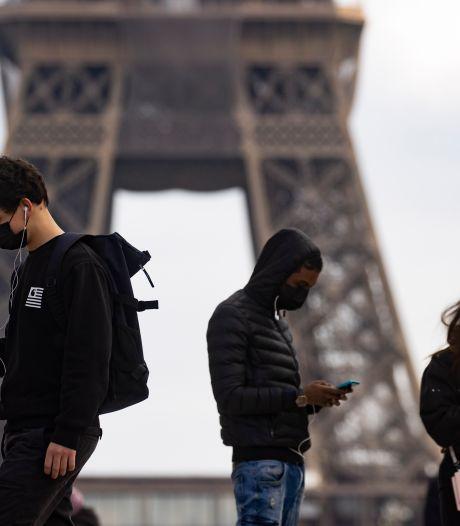 """Le conseil scientifique français s'attend à """"une quatrième vague plus nuancée"""" à la rentrée: """"On doit se souvenir de l'été dernier"""""""