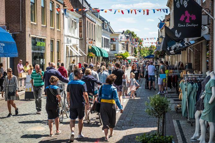 Vorig jaar werd in Elburg Vesting op eerste pinksterdag een illegale koopzondag gehouden.