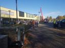 Alle leerlingen staan buiten op last van de brandweer in Doetinchem.