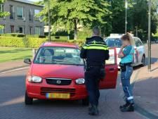 Fietsster gewond na aanrijding met auto op kruising in Steenwijkerwold
