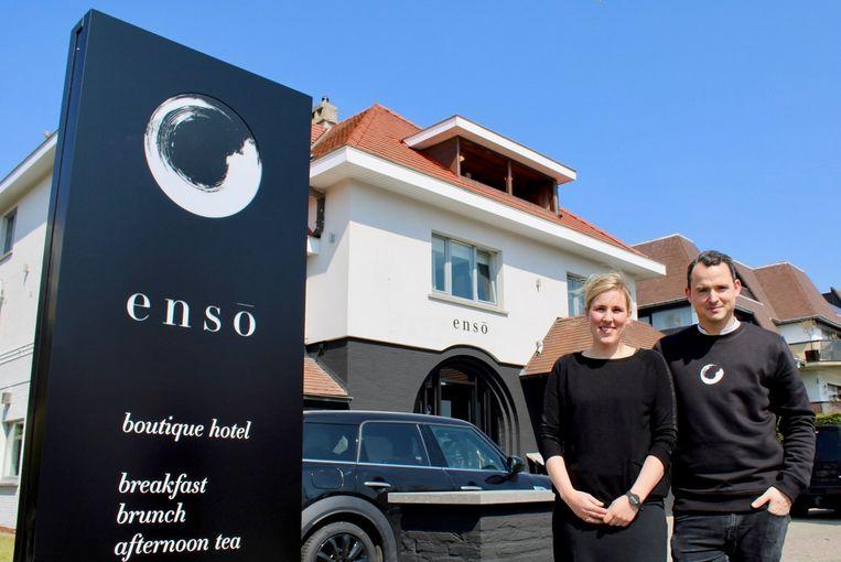 Zo kan het ook: het koppel Tim De Taeye (32) en Tine Vanparijs (32) opende in april het kleinschalige, maar trendy Enso Boutique Hotel in Knokke.
