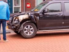 Twee ongelukken tegelijkertijd bij winkelcentrum Eemnes