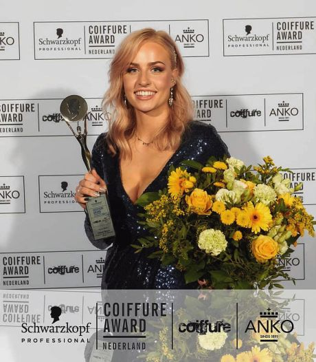 Almelose Charèll Bosch in de wolken met Young Talent Award: 'Dit is de Oscar onder de kappers'