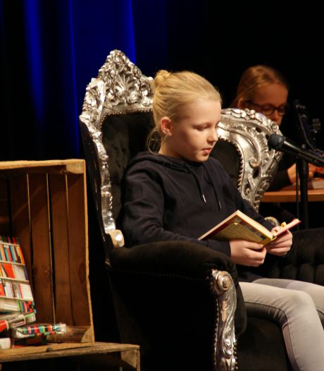 Mathilde van Agthoven voorleeskampioen Veldhoven