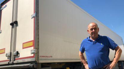 Vijftiental migranten ontsnapt uit truck vol aardappelen