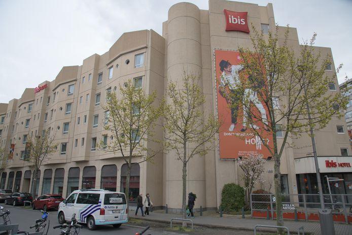 Les policiers intervenaient pour nuisance sonore dans un hôtel de la Meistraat, dans le centre d'Anvers