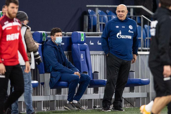 Klaas-Jan Huntelaar speelde pas tien minuten onder Christian Gross.