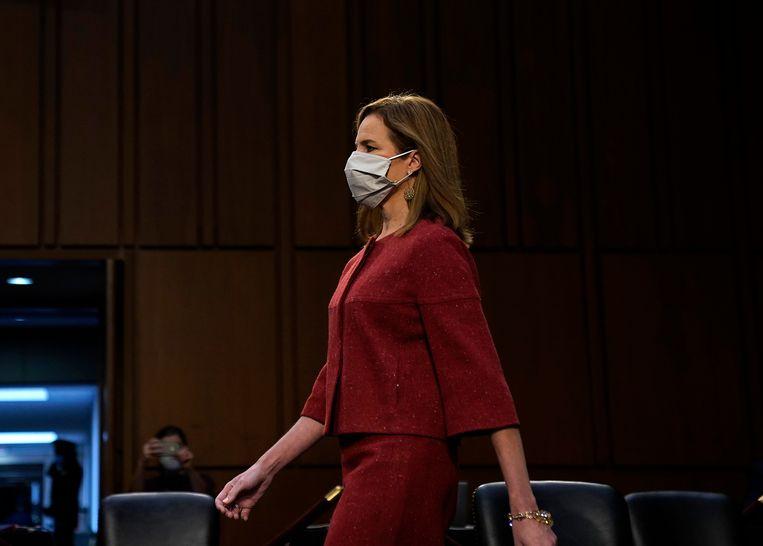 Amy Coney Barrett op de tweede dag van haar benoemingsprocedure als opperrechter in de VS. Beeld AP