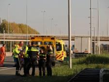 Twee rijbanen afgesloten door ongeluk A12