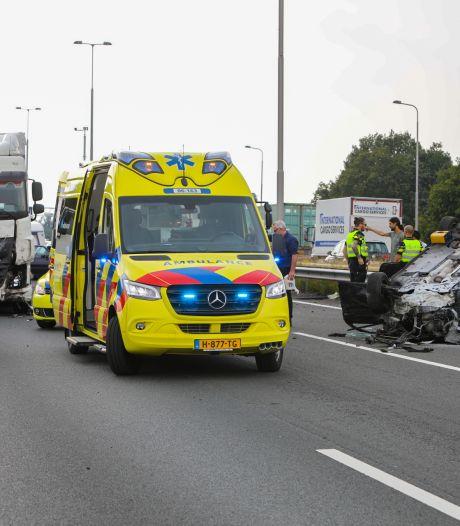 Verkeer kan weer over A1 van Apeldoorn naar Deventer na heftig ongeluk vanmiddag