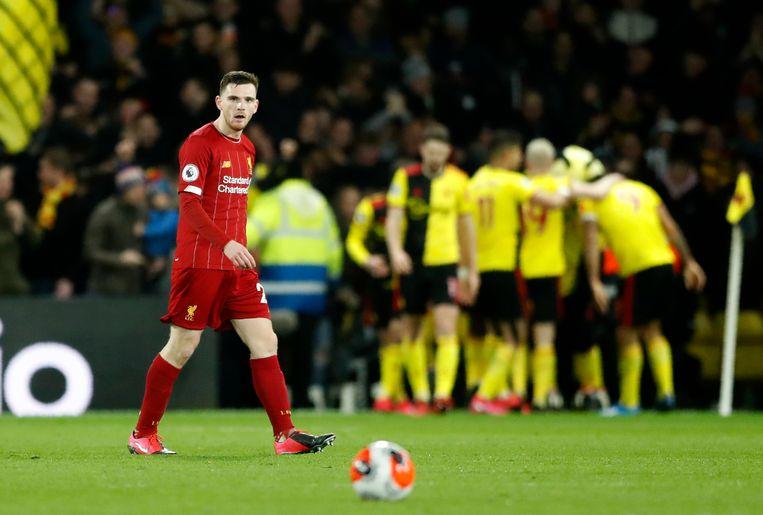 3-0 voor Watford, Robertson kan zijn ogen niet geloven.
