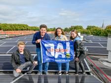 Schooldakrevolutie: maar liefst 863 zonnepanelen liggen bovenop het 't Rijks