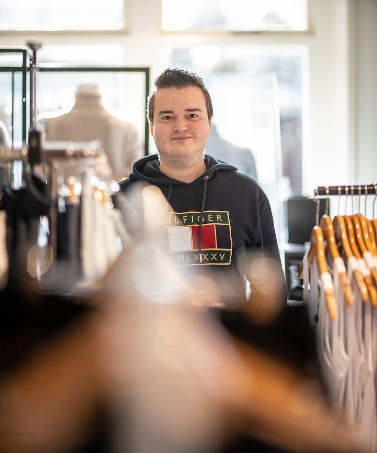 Robin van Wakeren is een van de miljoenen kleine beleggers die vorige week voor een revolutie op de beurs zorgden door massaal aandelen GameStop te kopen. Beeld Harry Cock / de Volkskrant