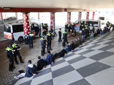 Hooligans rellen voorafgaand aan bekerfinale: 32 aanhoudingen