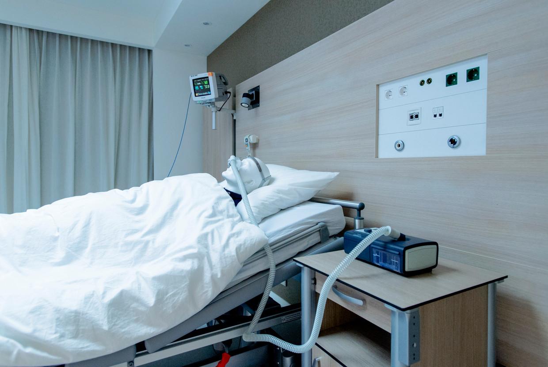 De Philips Respironics CPAP-oplossing voor patienten met slaapapneu, nachtelijke ademhalingsondersteuning.  Beeld Hollandse Hoogte /  ANP XTRA