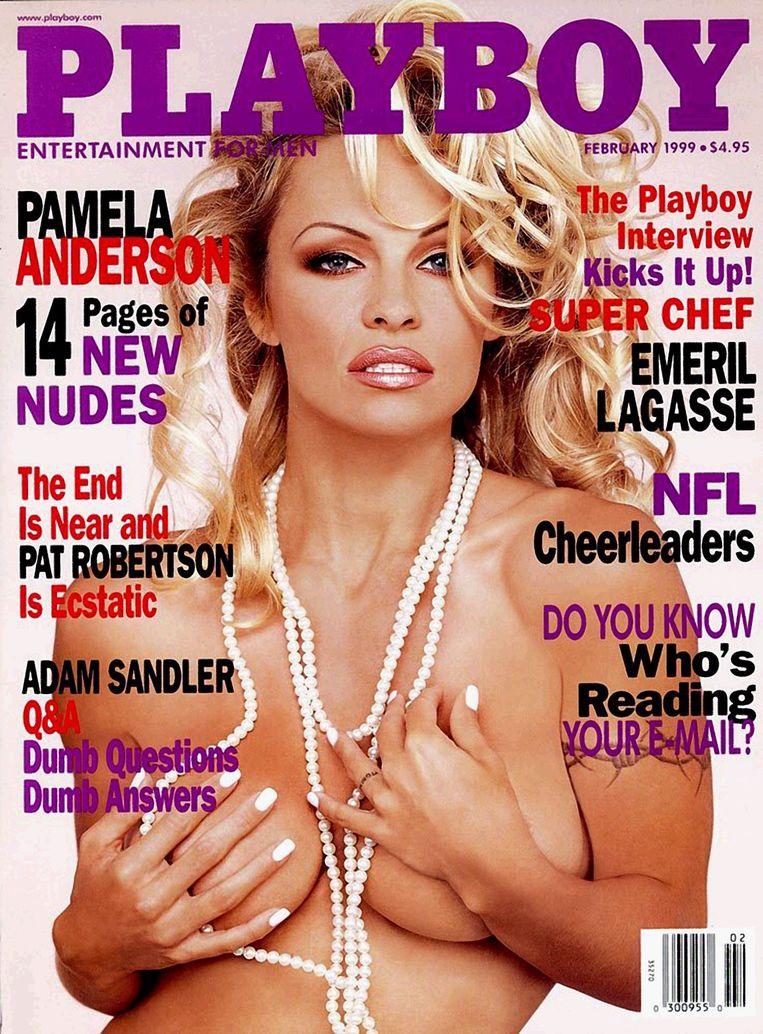 Een cover uit februari 1999 met actrice Pamela Anderson. Beeld Photo News