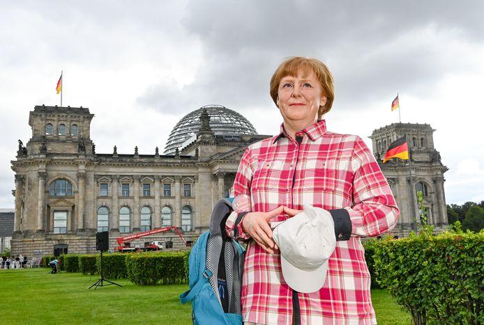 Angela Merkel in wandelkleding.