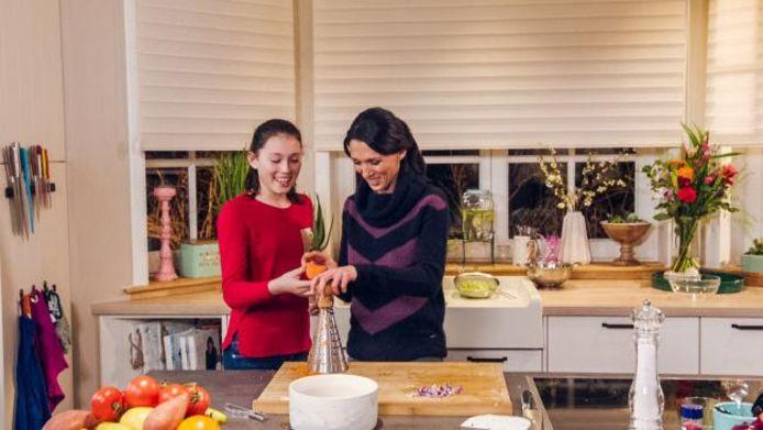 Open keuken met Sandra Bekkari is vandaag om 17.05 uur te zien op 24Kitchen.