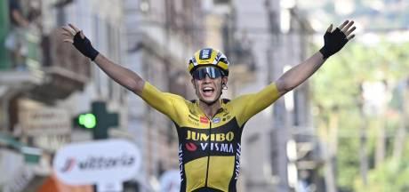 Wout Van Aert remporte Milan- Sanremo et signe le doublé