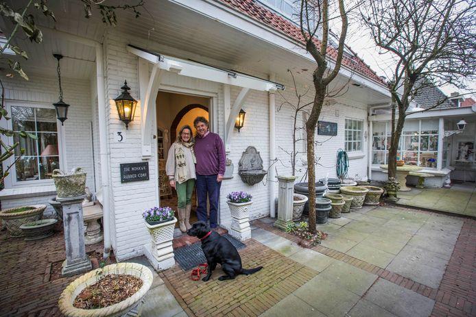 Astrid Madeleine de Keulenaar verkoopt haar ouderlijk huis.
