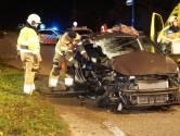 Twee zwaargewonden bij ongeluk met drie auto's in Heesbeen