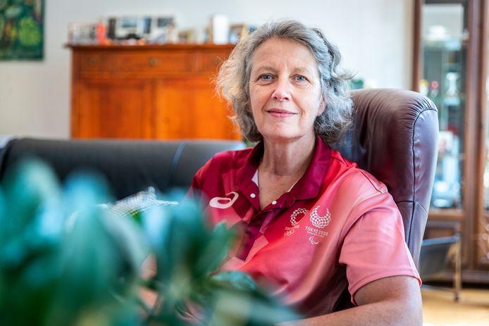 Karin Leenders is net terug uit Tokio waar ze scheidsrechter bij het kanoslalom was.